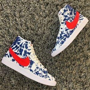 NWT Nike Blazer Mid
